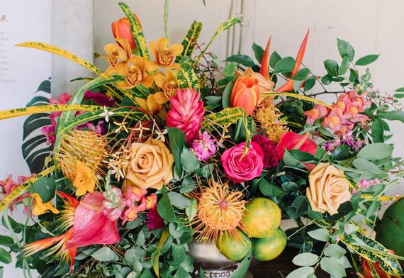 Welcome table arrangement