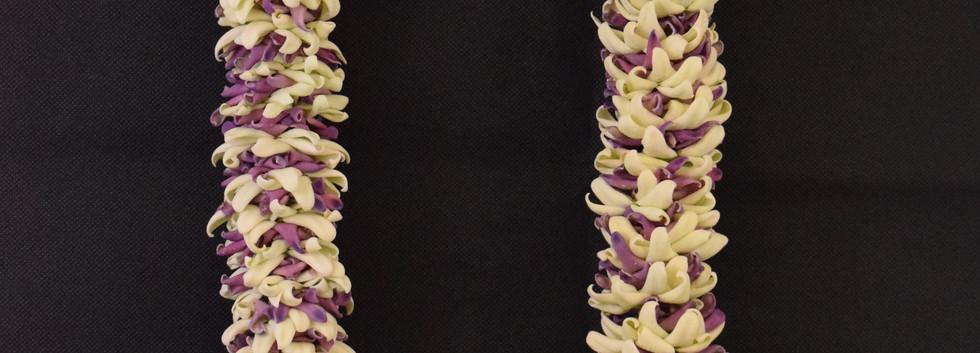 Crown flower petal lei