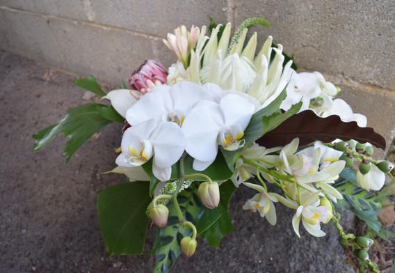 Partial cascade bouquet