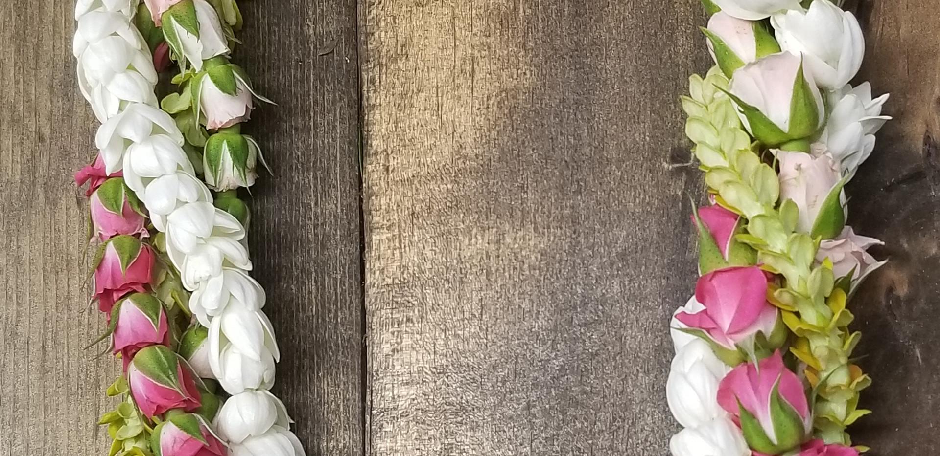 Quadruple twist of rosebuds, pikake and pakalana