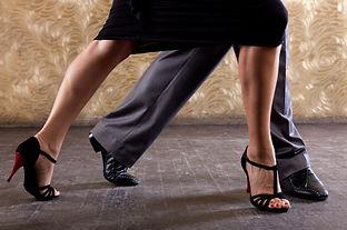 Dança de salão na mooca - aulas em grupo - aulas para casais