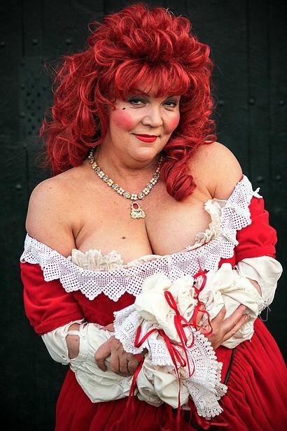 Lesley Smith as Nell Gwynne
