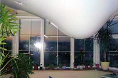 вода в натяжном потолке