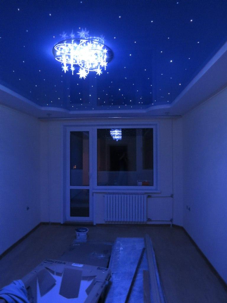 звезное небо на потолке