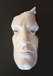 escultor e artista plástico joão moro rostos