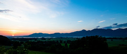 Sonnenaufgang überm Loisachtal