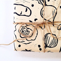 Brown paper packages tied up with string 💕  #printmaking #print #ink #linocut #reliefprint #stamp #handprinted #packaging #productdesign #de