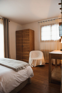 6_immobilier_hotel_maison_chalet_chambre