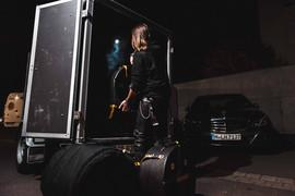 backstage-10.jpg
