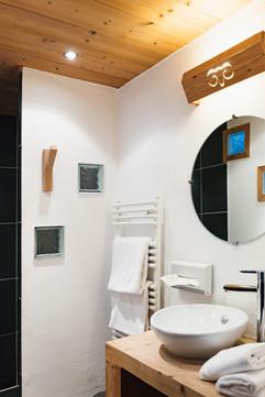 3_immobilier_hotel_maison_chalet_salle_d