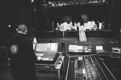 backstage-13.jpg