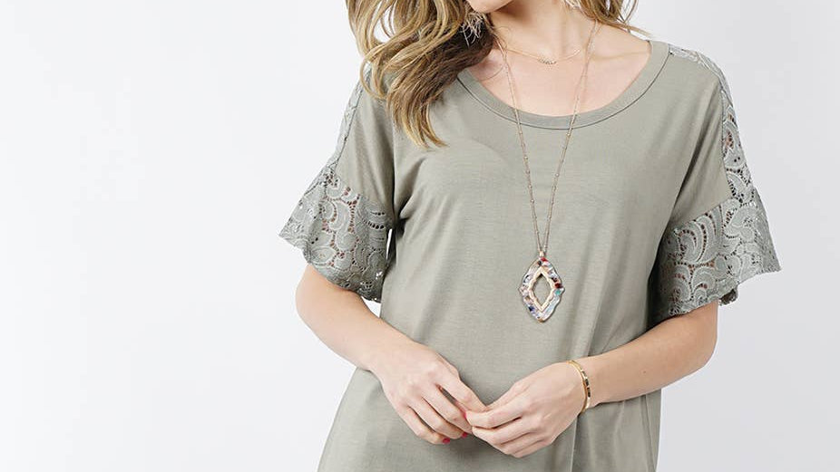 Lace contrast tunic Sage - 42pops