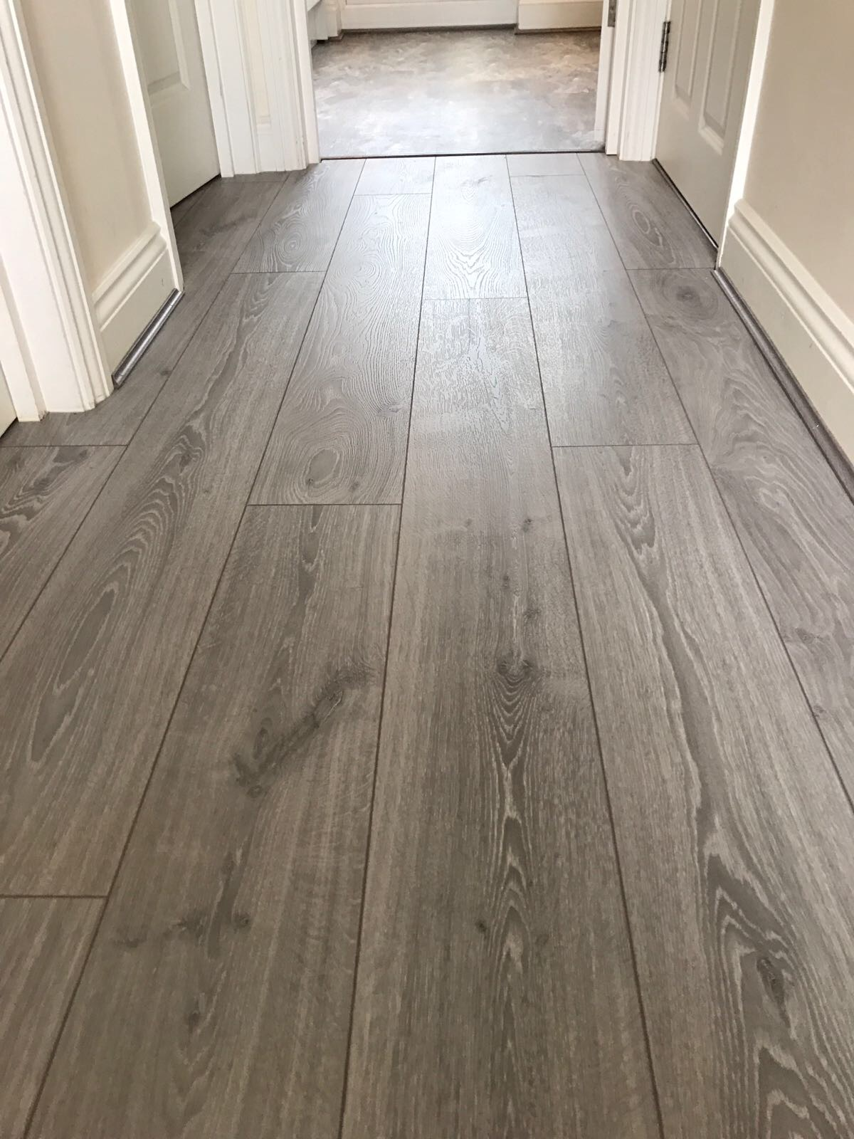 Laminate - Greay Oak