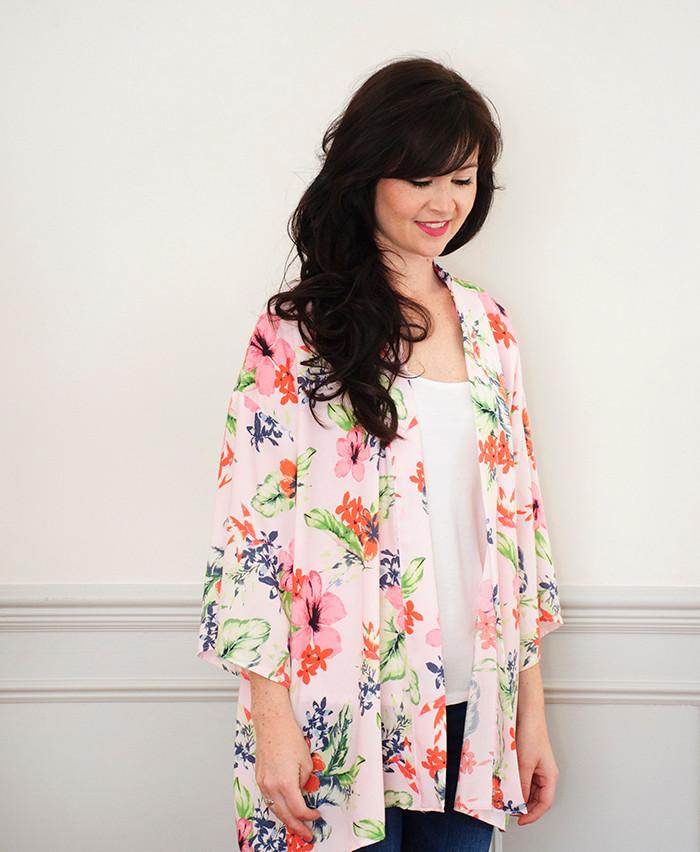 https://sewoverit.co.uk/product/kimono-jacket-sewing-pattern/
