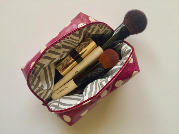Make-Up bag with a zipper