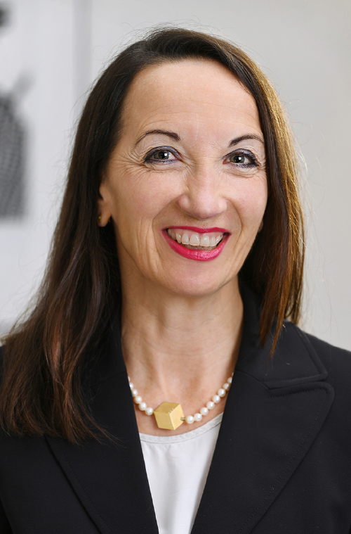 Claudia Bracher Wolfensberger, Partnerin, int/ext Communications