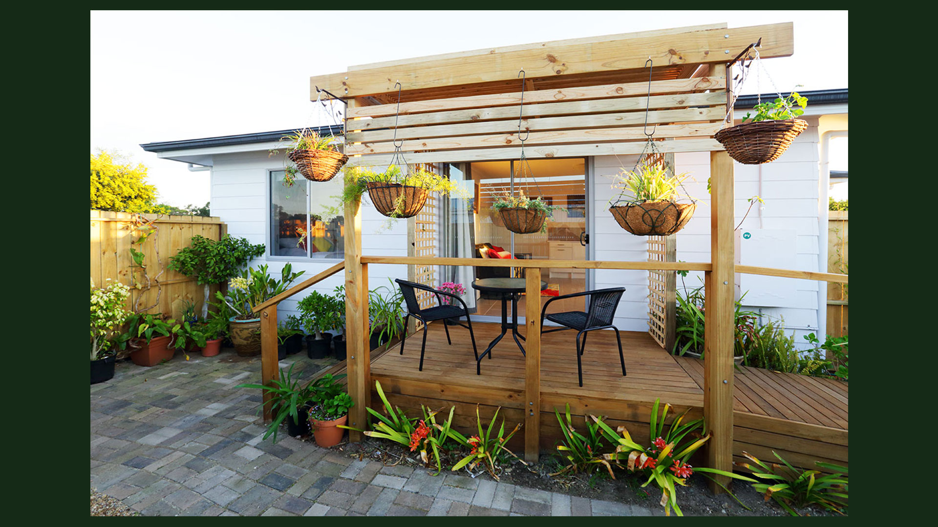 Private-courtyard-&-deck-featuring-outdo