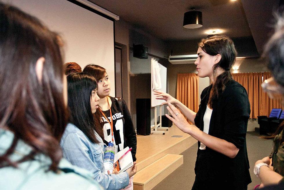 Fashion Designer Classess, Paris, Hong Kong Singapore