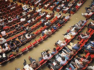 Conférence,-assemblée-en-direct-sur-Inte