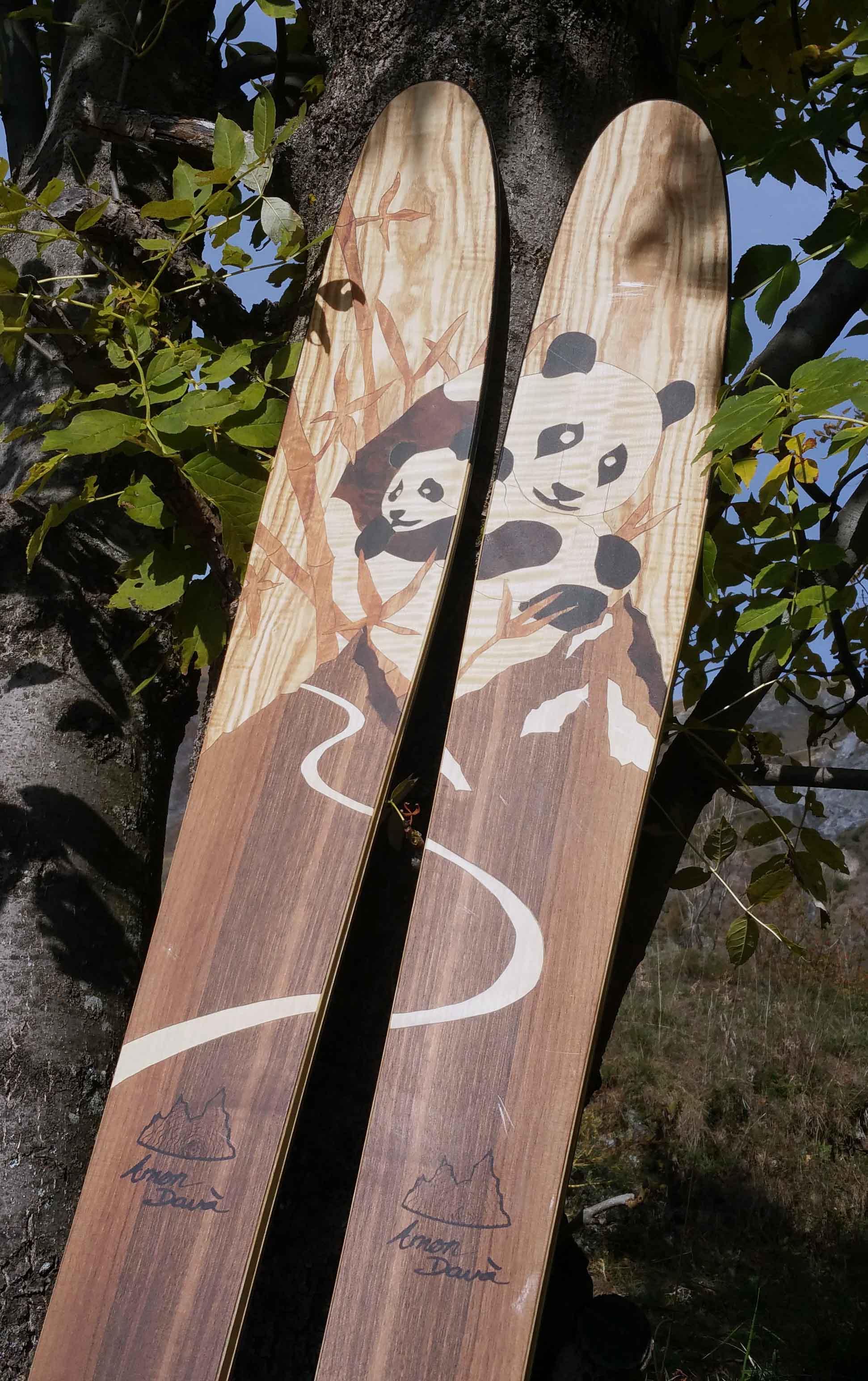 Amon Dava ski bois panda