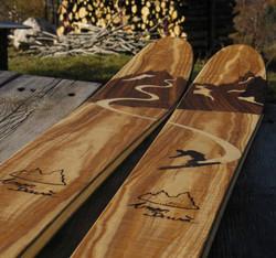 Amon Dava ski bois versant nord spatule.