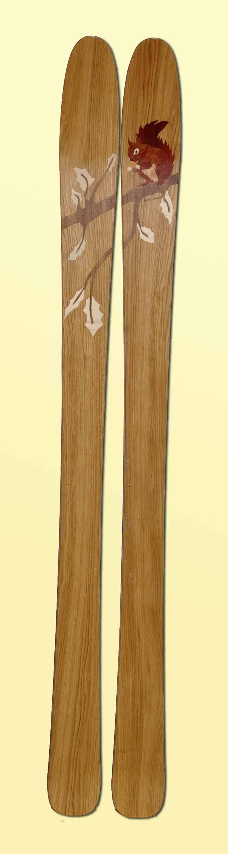Amon Dava ski bois rude ecureuil