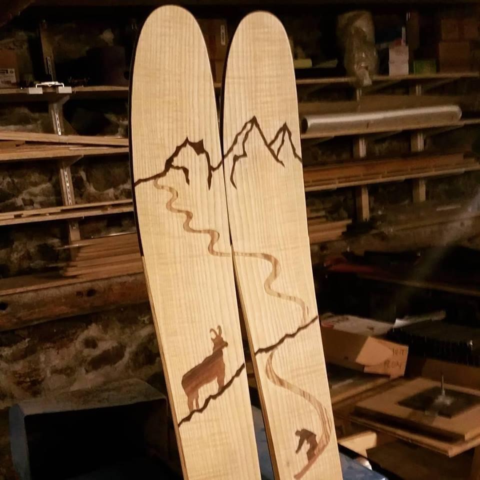 amon dava ski maidi