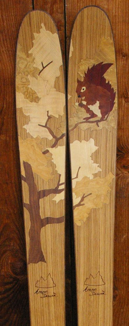 Amon Dava ski bois ecureuil du rude