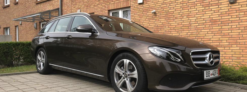 Mercedes-Benz E220 T
