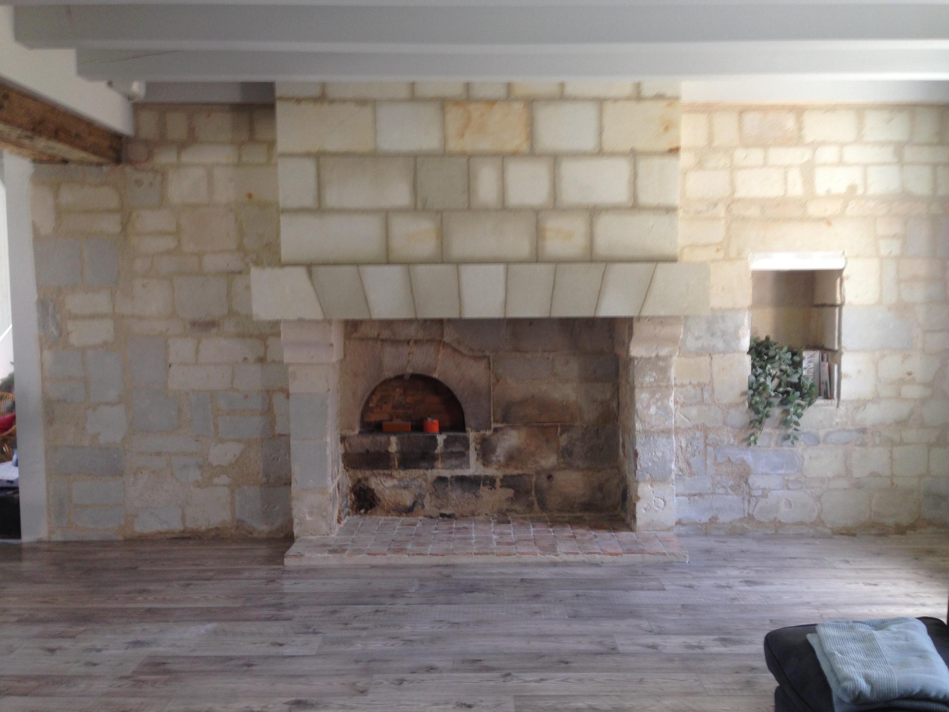 réfection des murs et de la cheminée