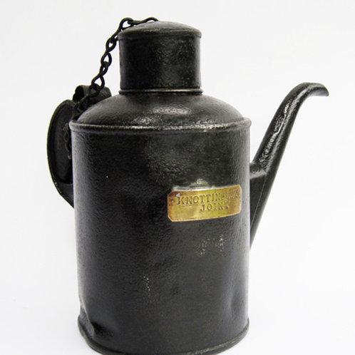 LYR Oil Can