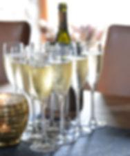 ChampagneGlassesLandscape6445.jpg
