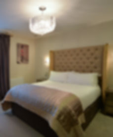 Stylish en suite B&B rooms close to Bristol