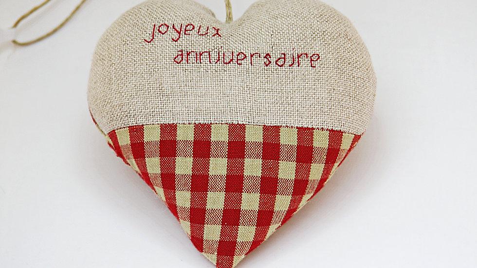 """Coeur Brodé main """"Joyeux Anniversaire"""""""