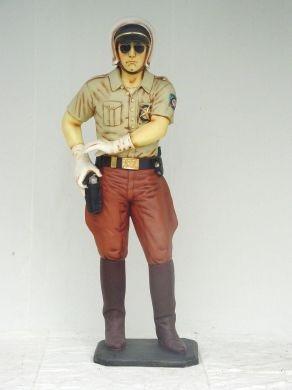 Figur Polis.jpg