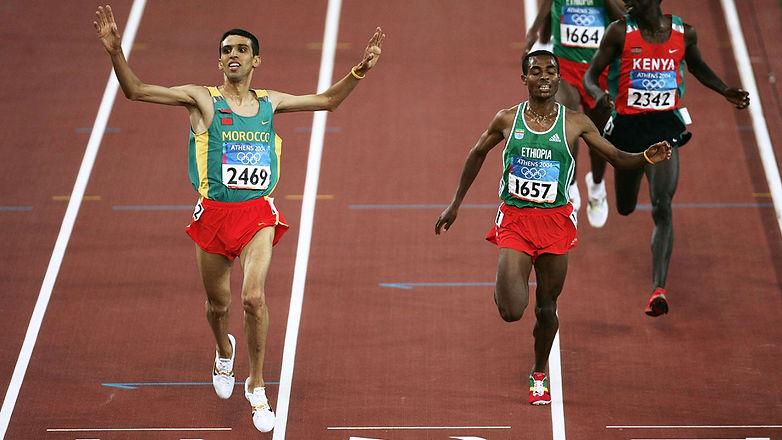 El Guerrouj ajuste sûrement Bekele sur le 5000m olympique ...