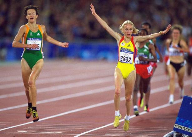 Gabriela_Szabo_wins_Sydney_2000_Allsport
