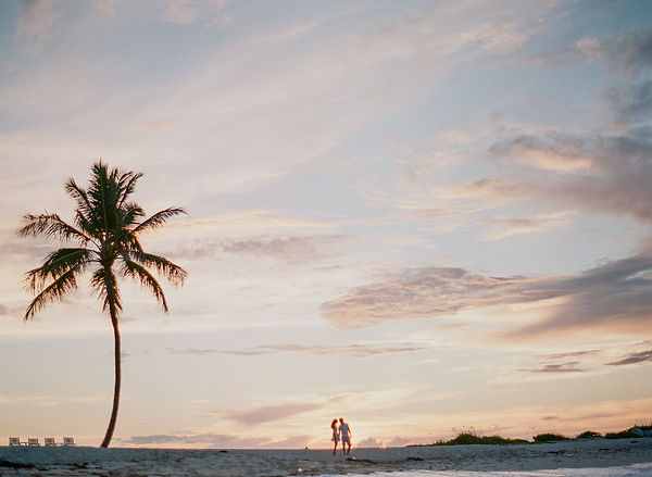 Best Engagement Photography in the bahamas