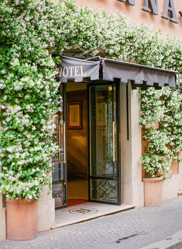 Beautiful entrance of Hotel S. Anna Rome