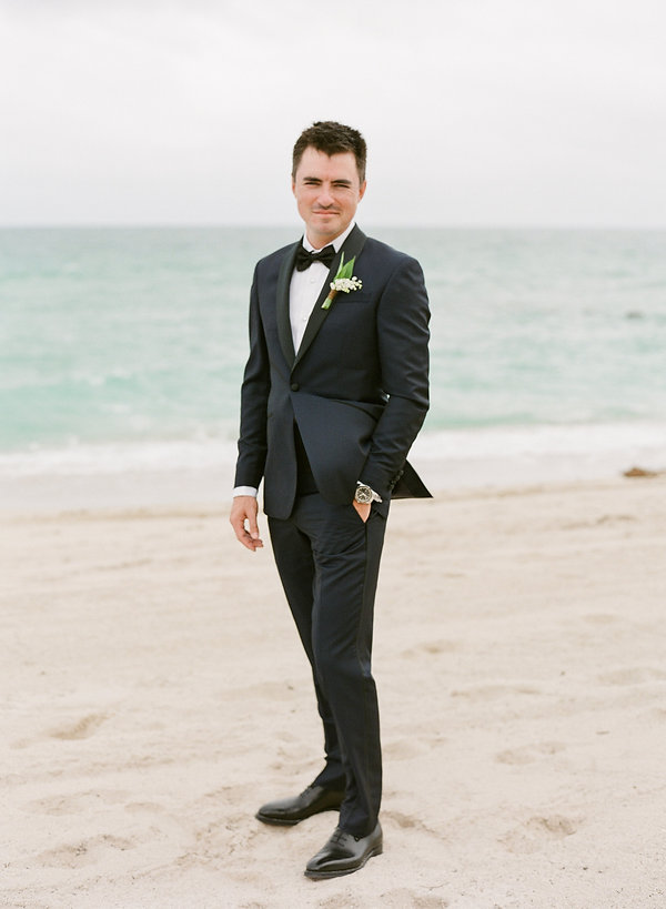 Groom by the beach