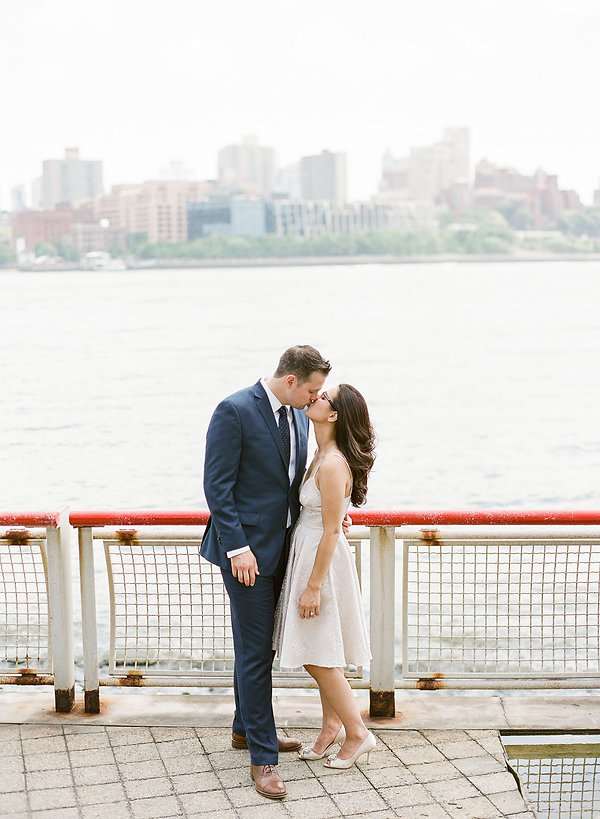 best engagement photographer in brooklyn new york