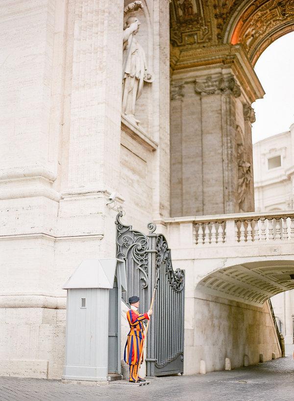 vatican city building guards