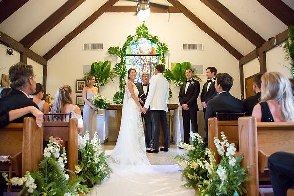 wedding ceremony in the bahamas