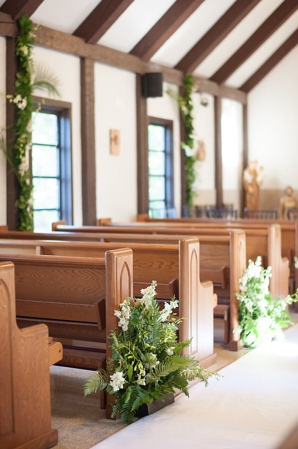 Beautiful wedding isle of the chapel
