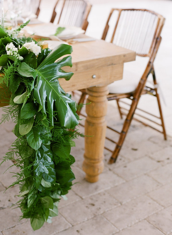 Beautiful table florals and greenery from wildflowers Bahamas