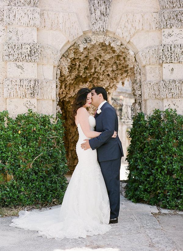Small intimate wedding photographer Florida