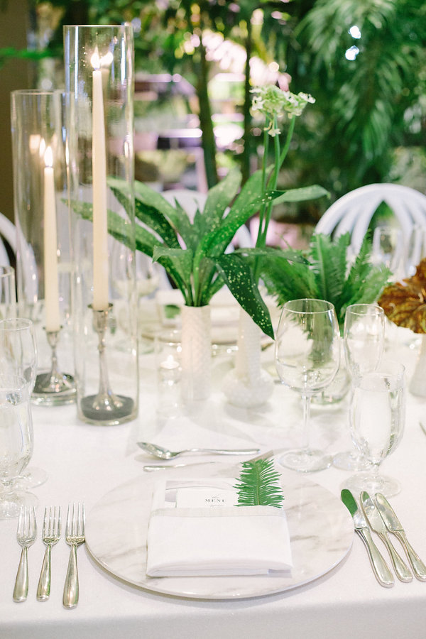 beautiful reception table setting