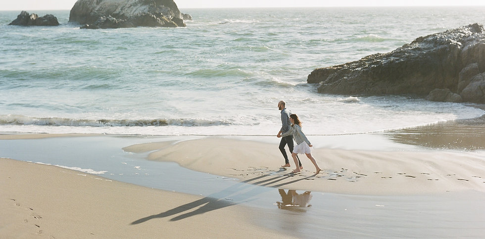 Beach engagement session in San Francisco