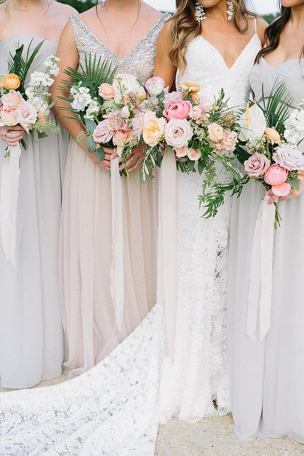simple florals miami wedding flowers