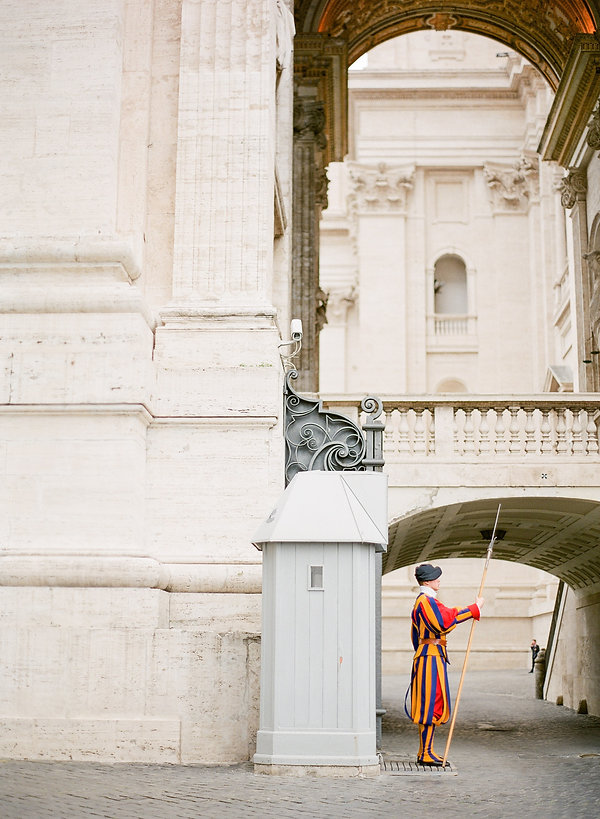 photographer for wedding destination rome